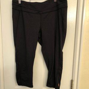 Lucy gray powermax cropped legging XL